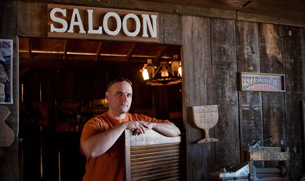 saloon superstition mountain museum