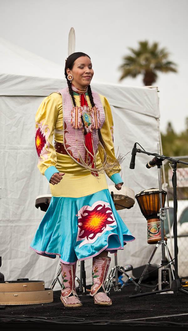 Violet Duncan, metis dancing