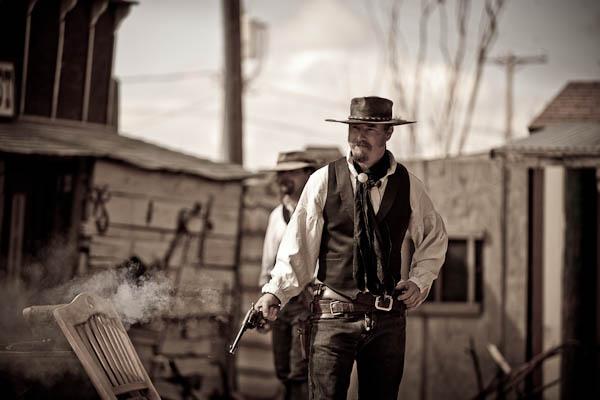 Six Gun Saloon Gunfight