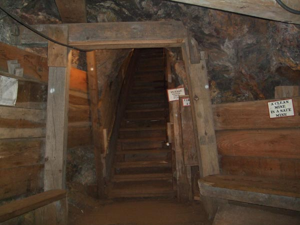 inside queen mine