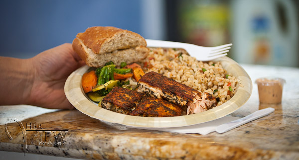Blackened salmon, brown rice and grilled veggies